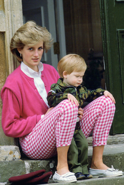 54ff7f67eac37-princess-diana-sweater-william-xln